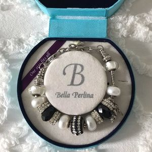 Bella Perlina charm bracelet